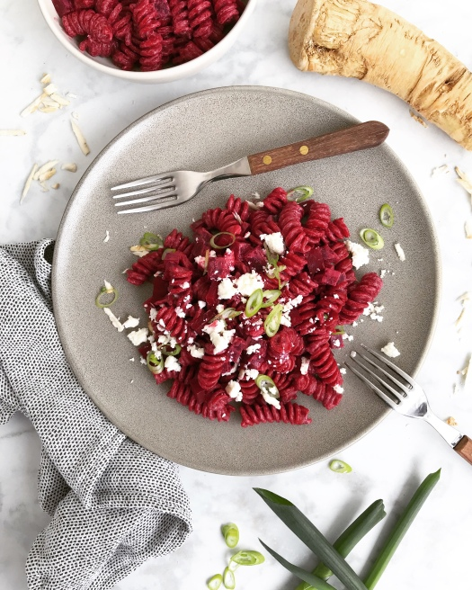 One pot Nudeln rote Beete