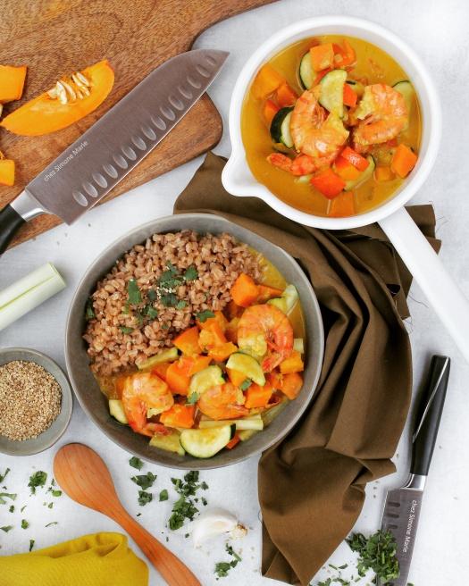 Kürbis Curry mit Garnelen und Dinkelreis
