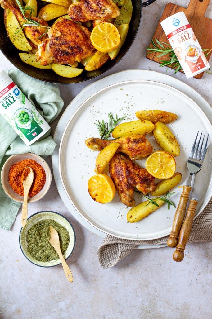 Zitronenhuhn mit Kräuterkartoffeln
